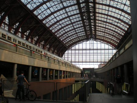 Antwerp Central Station - Inside of the Trainshed