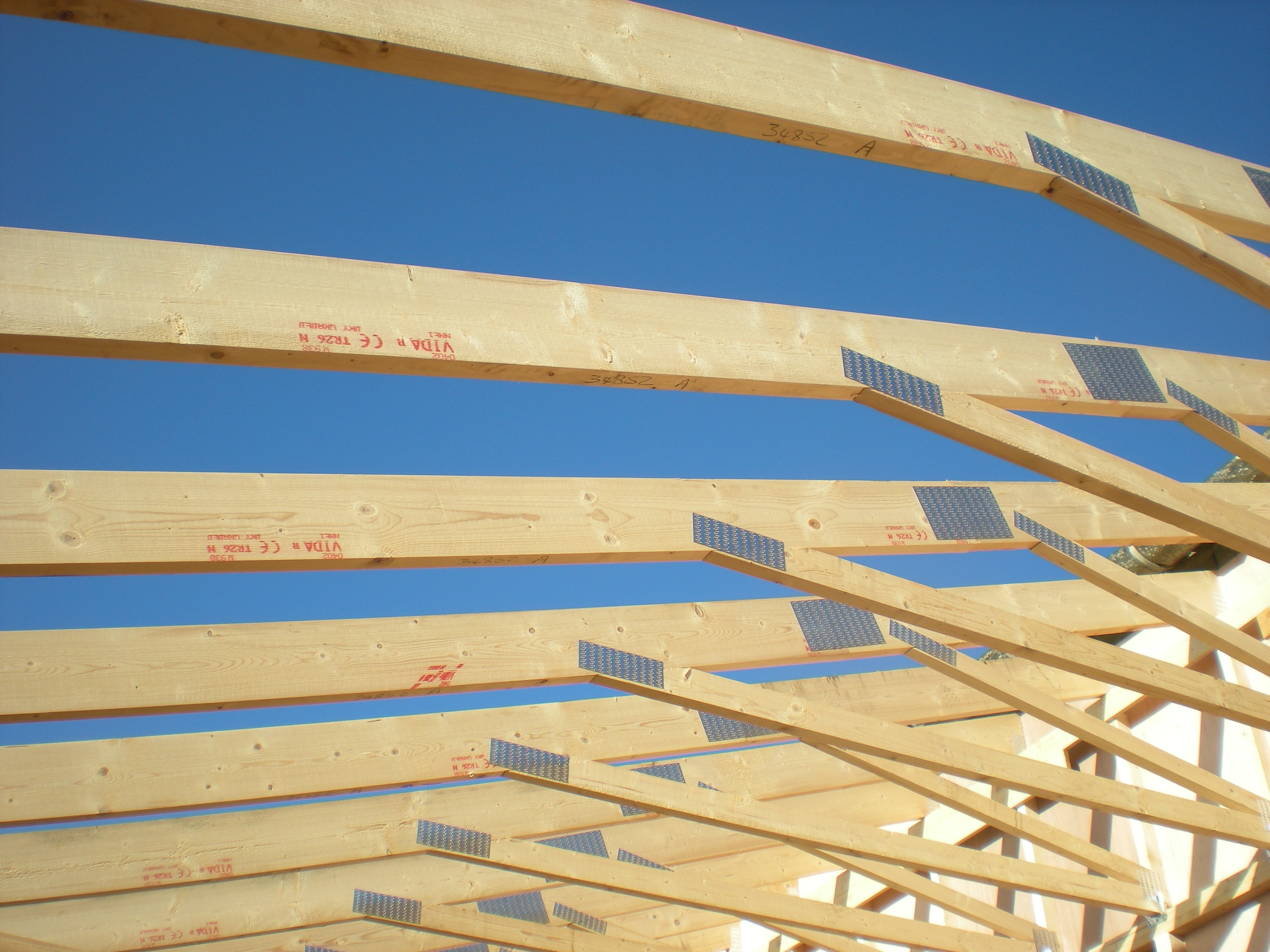 Build wood roof trusses pdf download plans for wood for How to order roof trusses