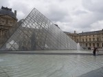 Queues At The Louvre