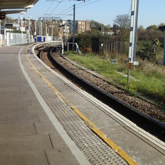 The Curved Platform At Willesden Junction