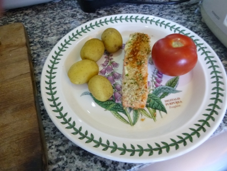 Mary Berry's Salmon With Potatoes And Tomatoes