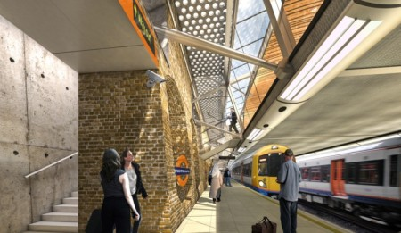 Overground Platforms At Whitechapel Station