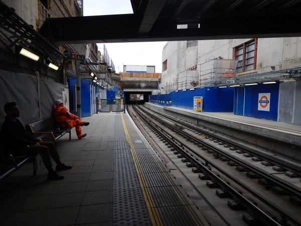 Overground Platforms At Whitechapel Station